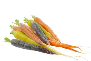 kantinen-5-15-råvaren-farvede-gulerødder